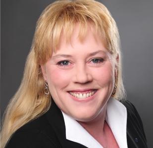 Profilbild Miriam Parakenings-Schneider