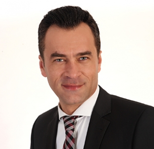 Dimitrios Petkos
