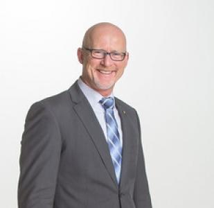 Bezirksdirektion Jürgen Peters